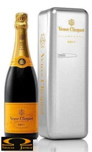 Szampan Veuve Clicquot Brut Metal Fridge 0,75l