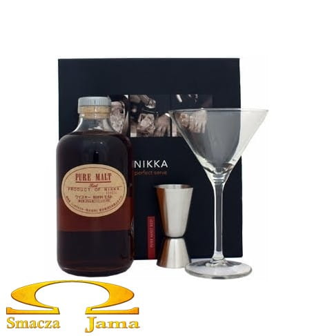 nikka-pure-malt-red-perfect-serve-blended-malt-whisky-japan-10625505.jpg